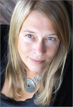 Autorenbild Julia Dibbern
